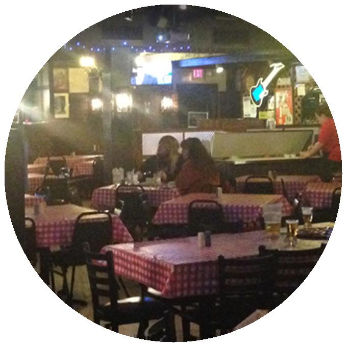 Nino's Pizzeria Restaurant Inside